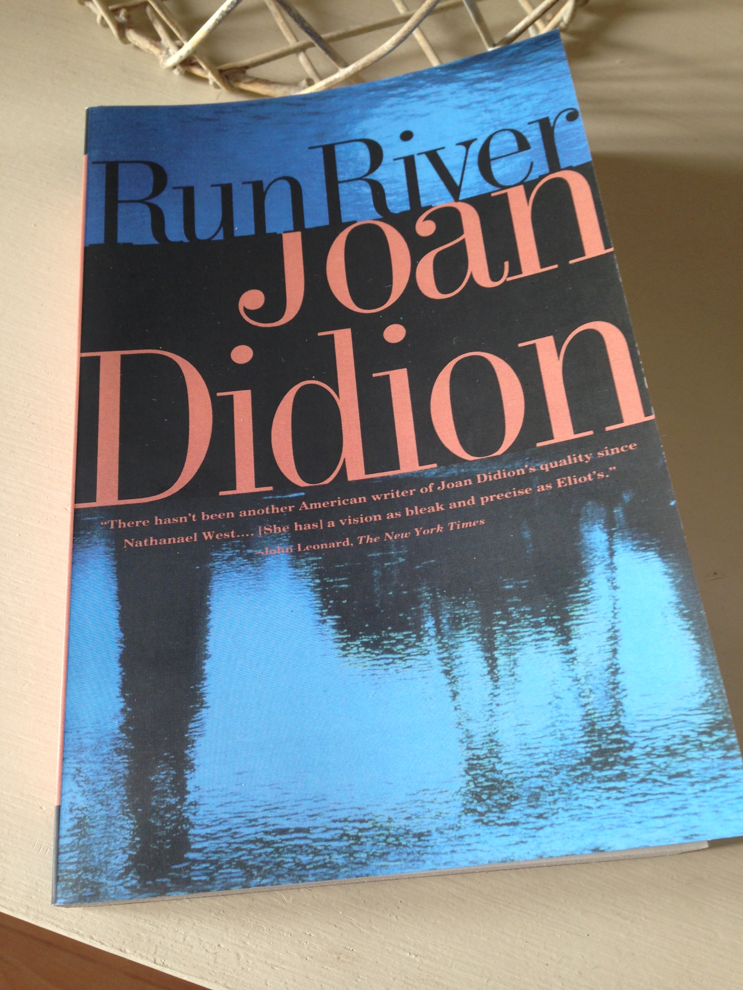 Joan didion goodbye to all that essay